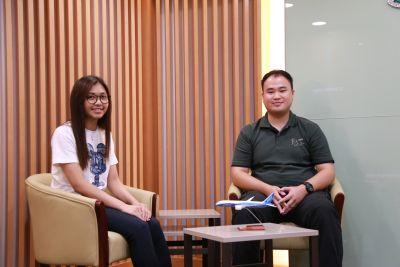 Photo of Miss Kaman Lam and Mr Sam Liao